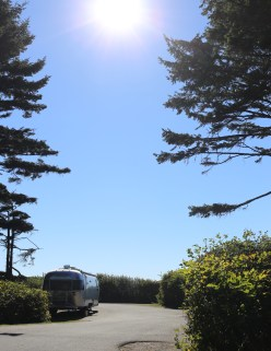 And goodness! I had to stare at this beauty all weekend. One of my dreams -- Airstream <3
