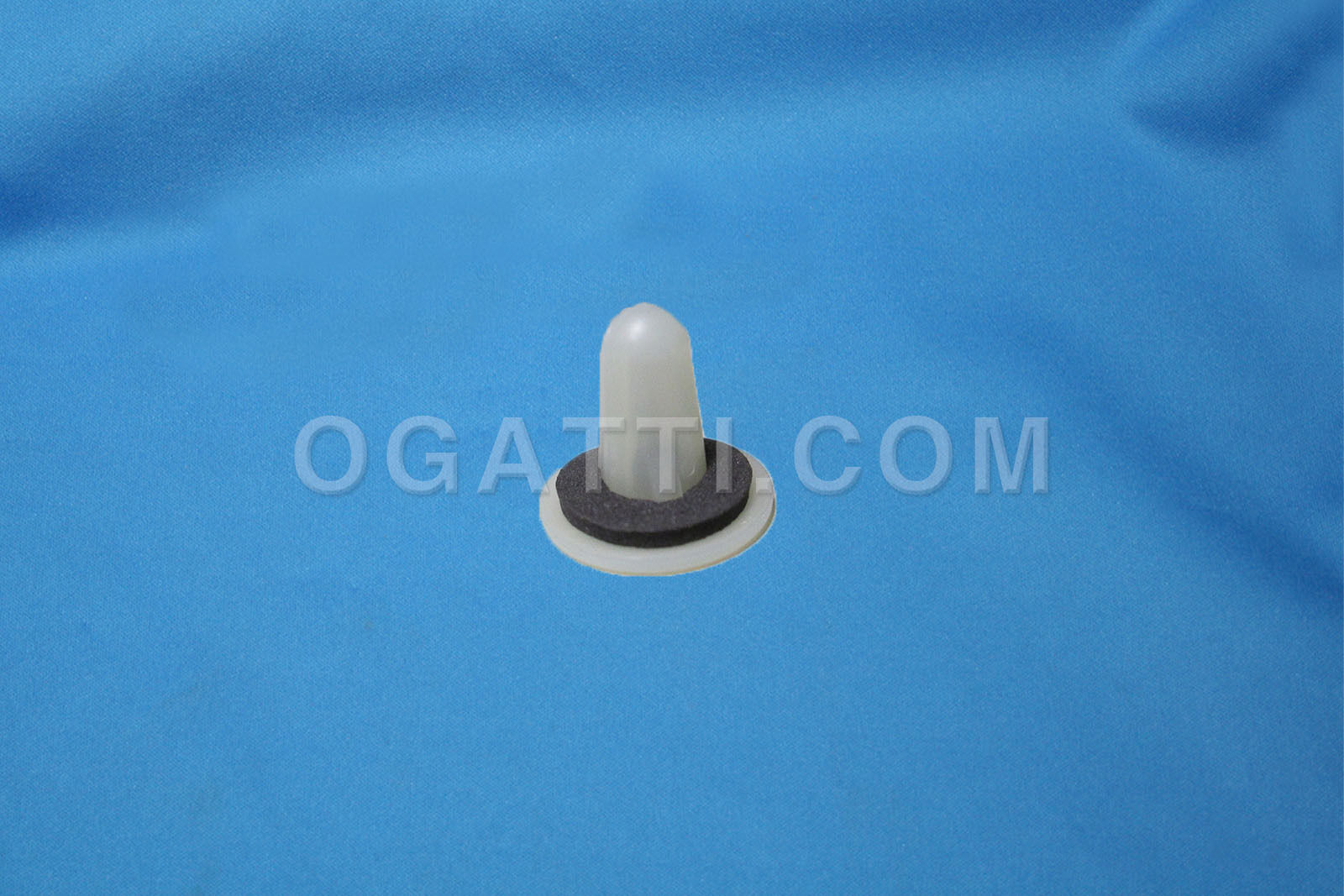 Brand New OEM GROMMET YL8Z-13A457-AA |13A457|