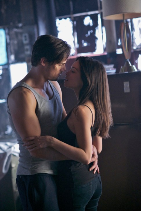 Beauty and the Beast Ep. 115a - 'Insatiable' Photo Credit: Sven Frenzel/The CW © 2013 The CW Network. All Rights Reserved.