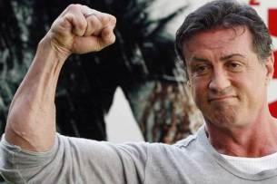 Sylvester-Stallone-says-he-is-alive-and-kicking (1)