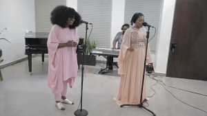 "(+LYRICS+MEANING+TRANSLATION)  MUSIC REVIEW: LOGAN TI O DE BY TOPE ALABI FT TY BELLO ""TY BELLO WAS JUST DOING LIKE…"""