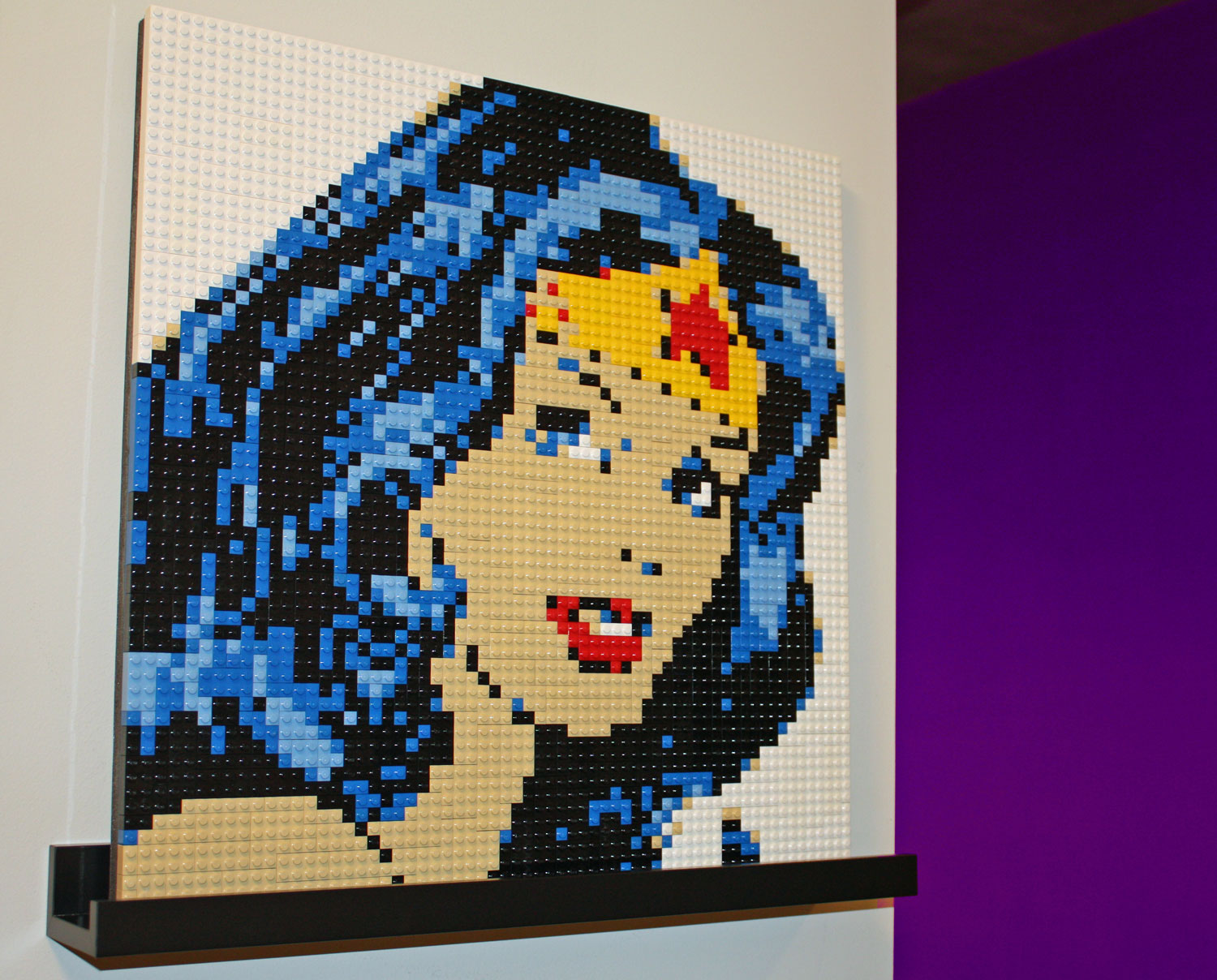 Wonder Woman LEGO Mosaic     Ogel Studio Wonder Woman LEGO Mosaic