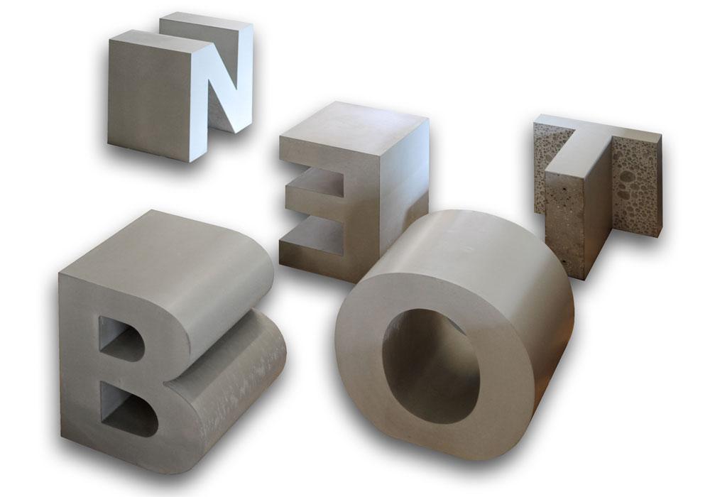 OGGI-Beton: Betonbuchstaben