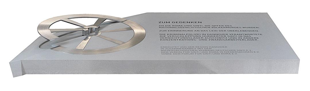 Gedenkskulptur für Roma und Sinti