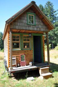 398px-Tiny_house,_Portland