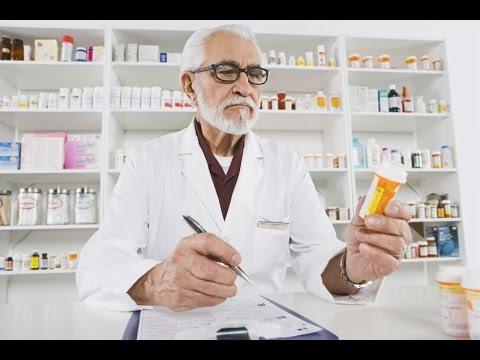 https://www.google.it/search?site=imghp&tbm=isch&q=pharmacist&tbs=sur:fc&gws_rd=cr&ei=XDKSV-6SCMLveKyyv-gO#gws_rd=cr&imgrc=fiPL6vWSi_jKoM%3A