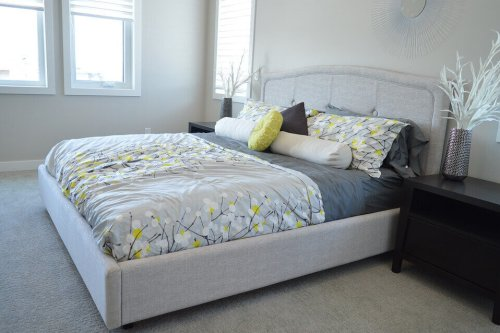 內崁式床架