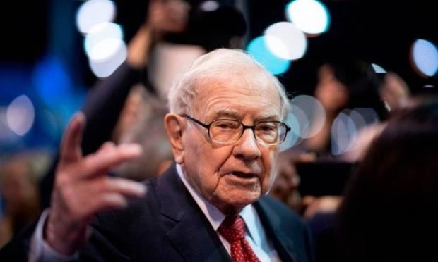 US mega-investor Warren Buffett has a fortune of $103.4 billion Photo: AFP