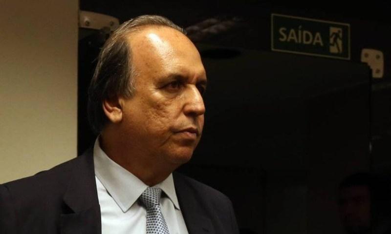 Resultado de imagem para Luiz Fernando Pezão