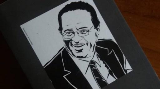 Livro de Renan já começou a ser distribuído a senadores e deputados Foto: Amanda Almeida