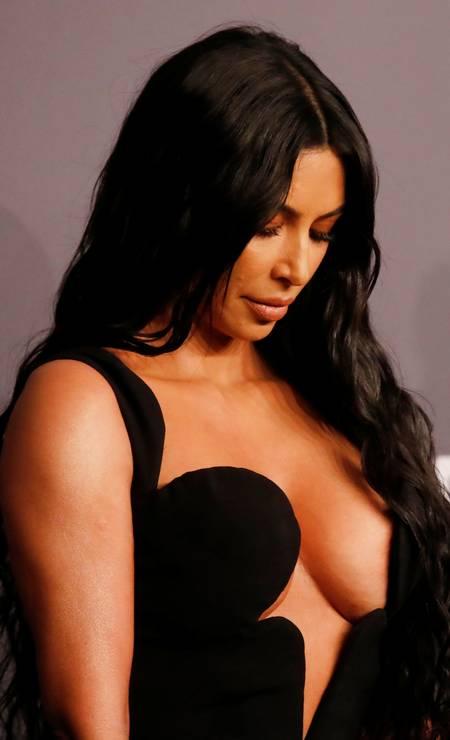 Kim Kardashian: focus on cleavage Photo: SHANNON STAPLETON / REUTERS