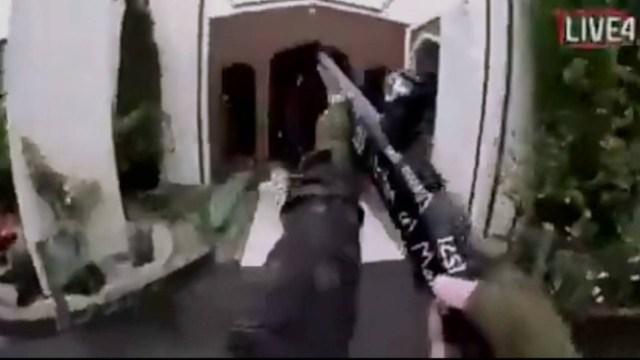Homem transmitiu pela internet o massacre Foto: Reprodução / REUTERS
