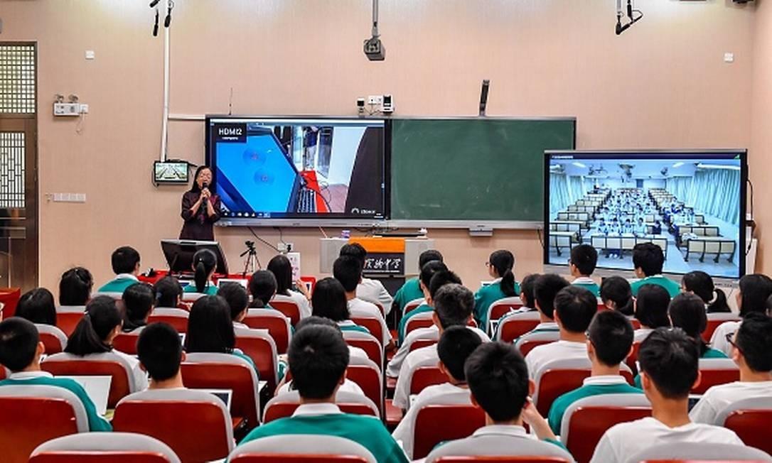 xEscolaChina02.jpg.pagespeed.ic.tJL KuVLbm - Por que a China lidera ranking de educação básica no mundo? Por Rodrigo Castro