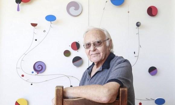 Morre o artista plástico Abraham Palatnik, aos 92 anos