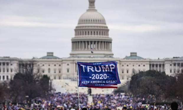 Trump supporters invade the US Capitol Photo: Samuel Corum / AFP