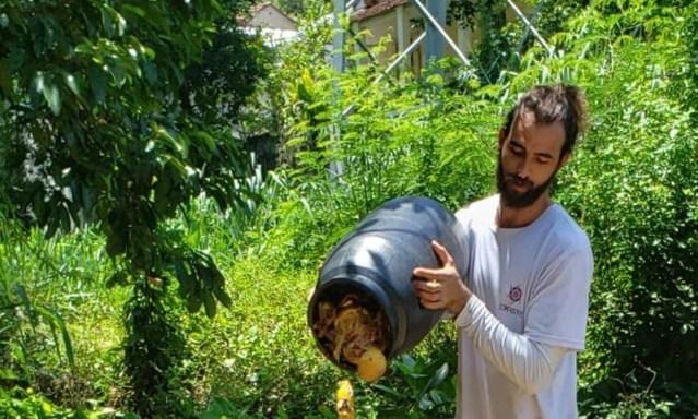 William Hester é engenheiro ambiental, e abriu empresa para compostagem de lixo orgânico Foto: Divulgação
