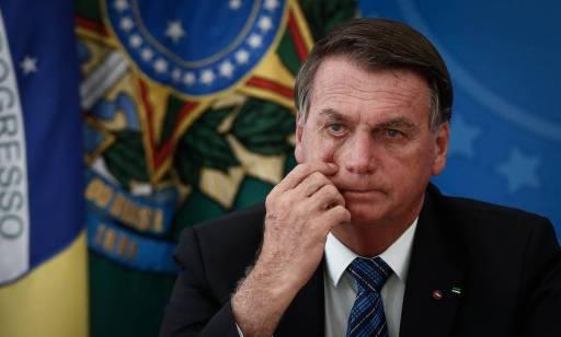 Bolsonaro questiona qualidade do combustível vendido no Brasil e defende  gasolina 15% mais barata - Jornal O Globo