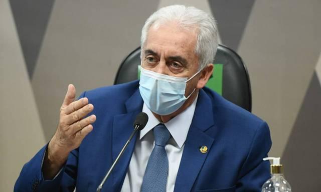 Otto Alencar (PSD-BA) recomenda vacina 'antirrábica' a senador governista que defendeu cloroquina Foto: Jefferson Rudy / Jefferson Rudy/Agência Senado