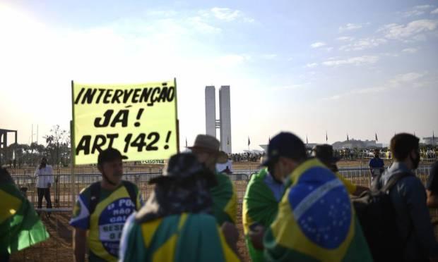 Supporters of President Bolsonaro protest against democracy in Brasília Photo: Mateus Bonomi / Agência O Globo