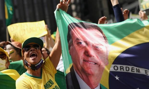 Pro-Bolsonaro supporters packed Avenida Paulista Photo: Amanda Perobelli / Reuters