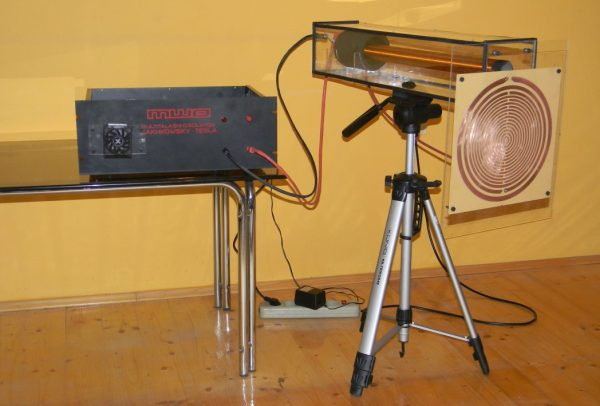 Multitalasni oscilator – MWO Lakhovsy – Tesla