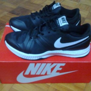 Nike patike (vel. 42,5 ili 27 cm)