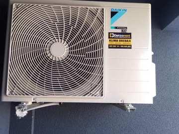 AKCIJA najnovi model Daikin A++ SENSIRA FTXB35C Wi-Fi opcija sa ugradnjom 1399 KM Elektromont Banja Luka 065 566 141
