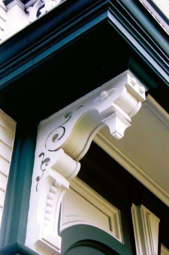 Italianate style decorative brackets