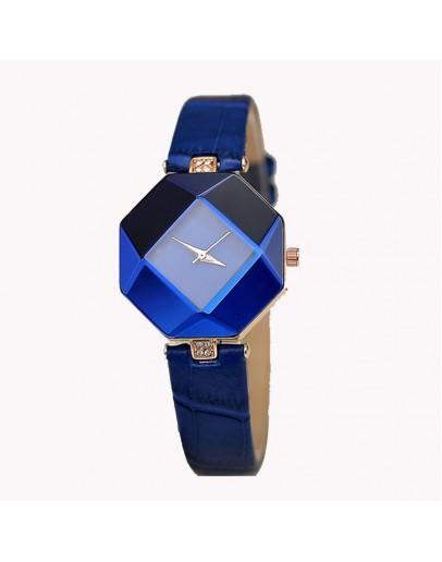 Син и стилен дамски часовник