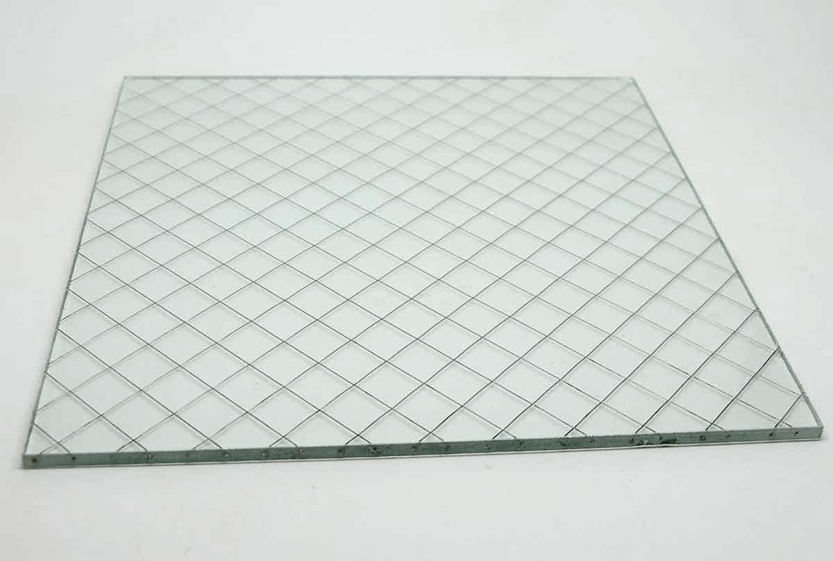 Diamond Square Chicken Wire Glass
