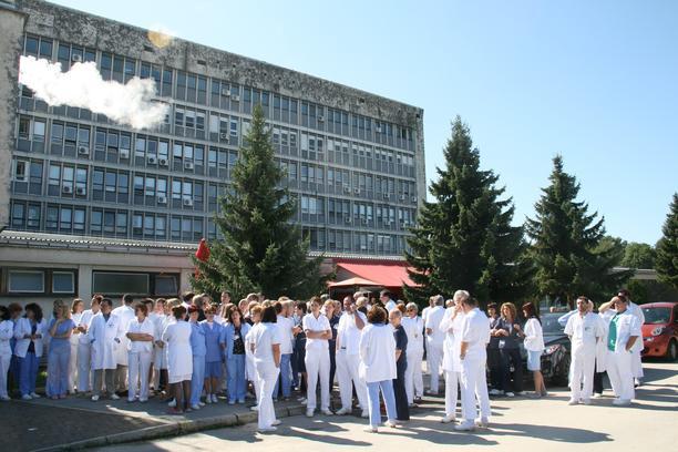 Ogulin.eu Otvorenje novouređenog prostora Dnevne bolnice za hemodijalizu u Općoj bolnici Karlovac