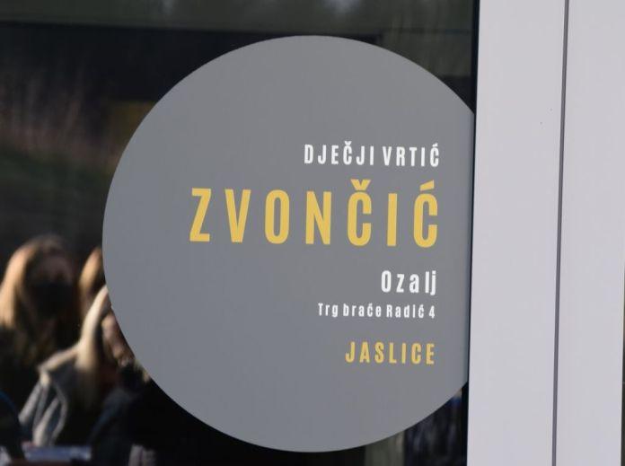 Ogulin.eu Ministrica Nataša Tramišak svečano otvorila dograđeni dio Dječjeg vrtića Zvončić u Ozlju