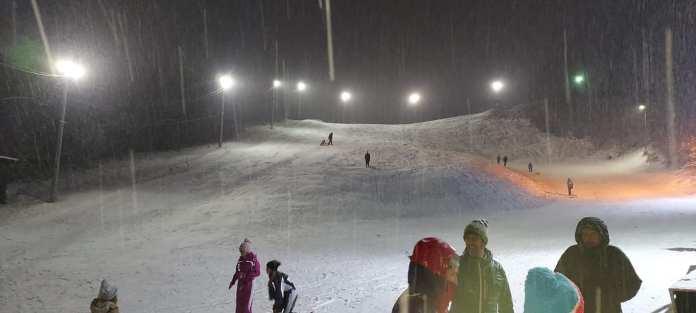 Ogulin.eu Sanjkalište u Vučićima otvoreno, skijanje još nije moguće