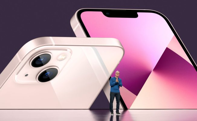 Iphone 13 REUTERS