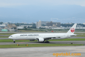JAL Boeing 777-300