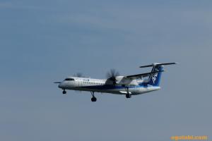 ANA ボンバルディア DHC8-Q400 NH1811
