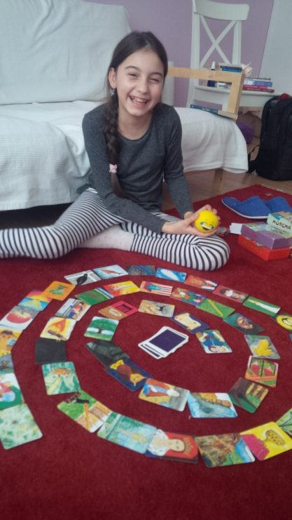 Clara si cardurile Saga