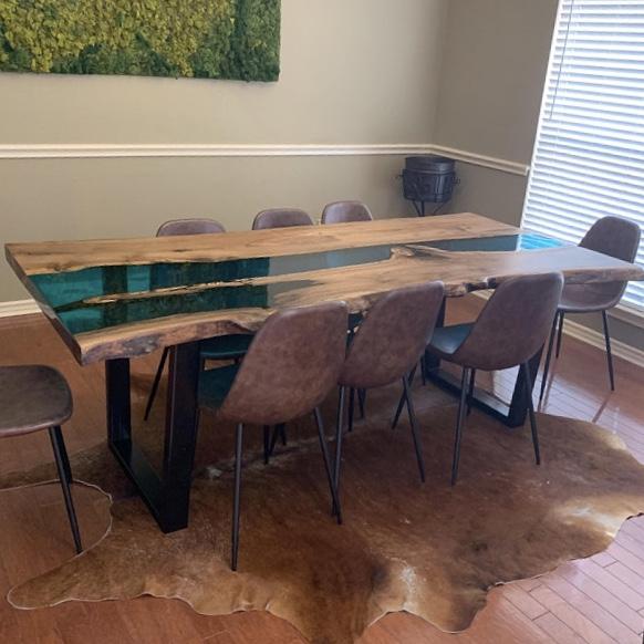 Epoxidharz Tisch, Möbel auf Maß, exklusive Tische, Epoxy Tisch, johannes forkl, forkl, oh my deer, omd, epoxidharz tisch kaufen, epoxidharz tisch kaufen österreich, tische aus epoxidharz, epoxy tische, epoxidharz tisch blau, epoxidharz esstisch