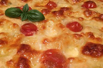 "Kartoffel-Focaccia ""Caprese"""
