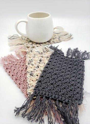 Free Crochet Mug Rug Pattern by 'Ohana Boutique