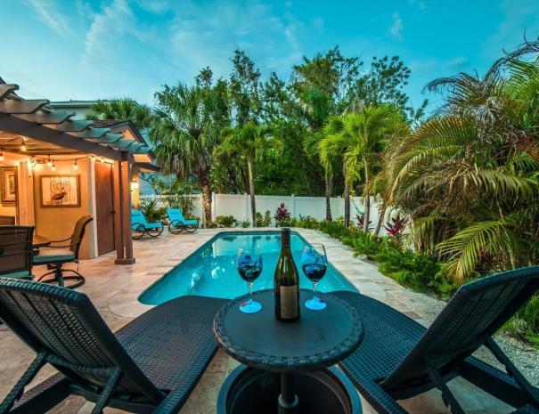 OHasis Getaway - Midwestern hospitality, island style!