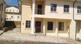 5 Bedroom Semi Detached Duplex with 1 Room Boys' Quarter for Sale