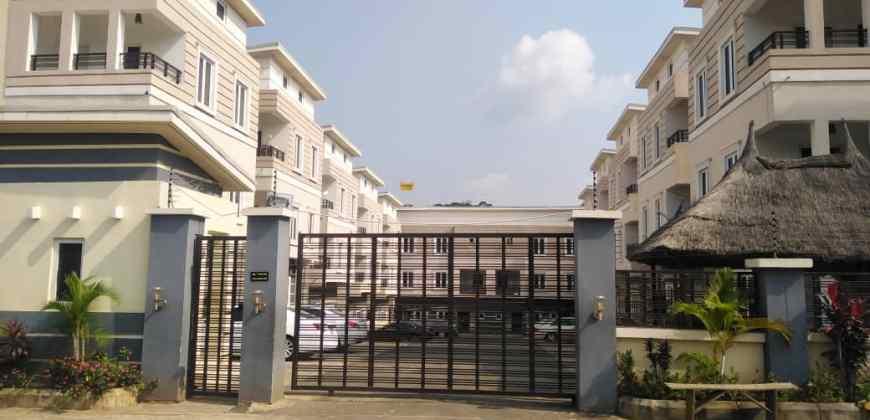 5 Bedroom Terrace Duplex with 1 Bedroom Guest Chalet as BQ