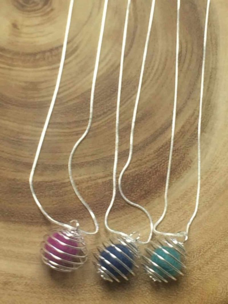 Diffuser Necklace - 32 Crafts To Make And Sell