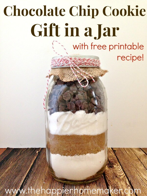 Chocolate Chip Cookie Gift In A Jar by The Happier Home Maker - 15 Mason Jar Crafts To Make And Sell For Extra Money. I love making extra cash from home by using mason jars and cheap dollar store items to create awesome and easy DIY mason jar home decor, Christmas decorations and gifts. These are perfect to be sold at Craft fair & Flea markets or even online on Etsy! Creative and unique mason jar crafts to sell you won't find anywhere else. Pin it for later!
