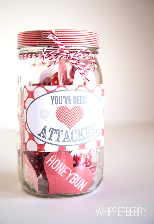 Valentines Gifts In A Jar that are fun and easy to make for your friends, family, and boyfriend. These simple gift ideas include hot chocolate and cookie mixes, sweets, candy, and sugar scrubs and even red velvet cakes in a jar!