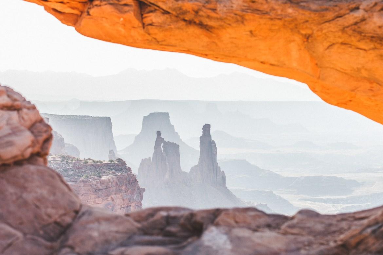 mesa-arch-canyonlands-24