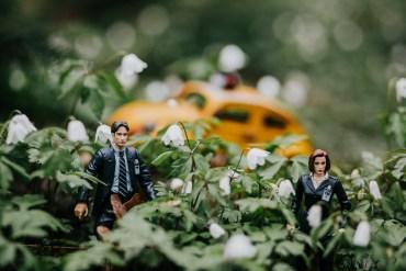 Mulder & Scully på äventyr i Vallaskogen