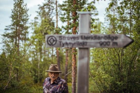 Struves meridianbåge - en promenad uppför Tynnyrilaki