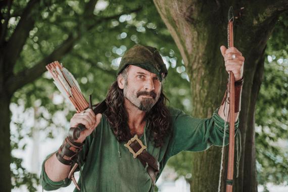 Vi upptäcker Nottingham i Robin Hood's fotspår tillsammans med guiden Ezekial Bone